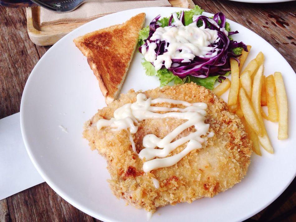 Crispy Fried Pork Mid Lunch Top Shot Food Shot Cafe AIA Capital Ratchadapisek 2nd Floor Full Up Happy Meal Eat Up Bangkok Thailand