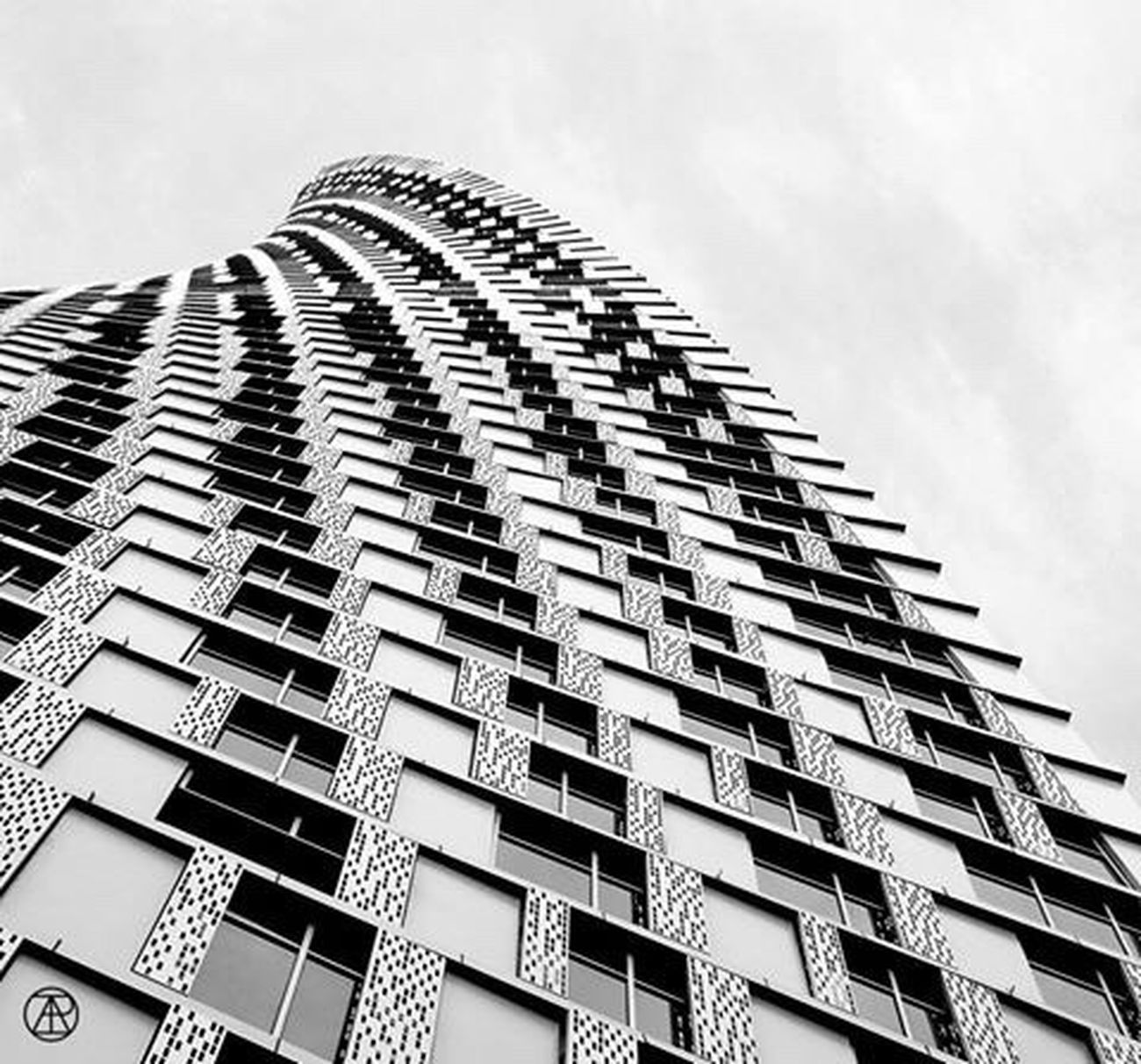 Geometric Shapes Cayantower Building Dubai Blackandwhite The Eyeem