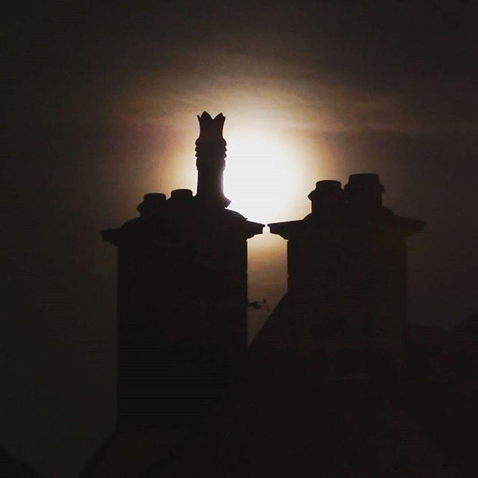 Bloodmoonrising Bloodmoon Lunar Moon Lunareclipseuk Chimneystack Northeastcaptures NORTHEASTENGLAND