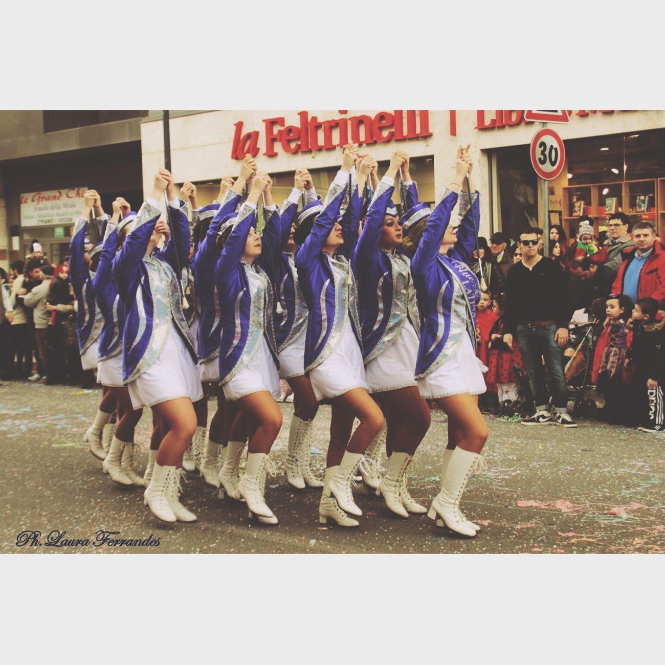 Majorettes  Carnevale BlueTwirling