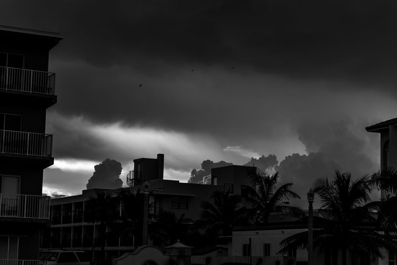 Before A Storm Architecture Before The Storm Blackandwhite Photography Building Exterior Built Structure Clouds And Sky Day Dramatic Sky House Light And Shadow Low Angle View Nikon D750 No People Outdoors Photographyisthemuse Residential Building Sky Storm Storm Cloud Thunderstorm Tree