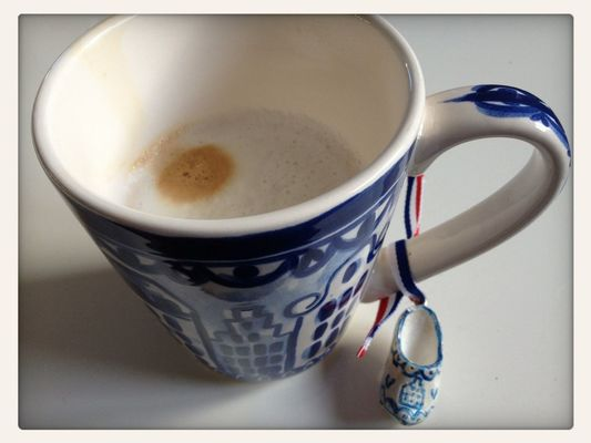 Dutch coffee at Home by Geertje Terhenne