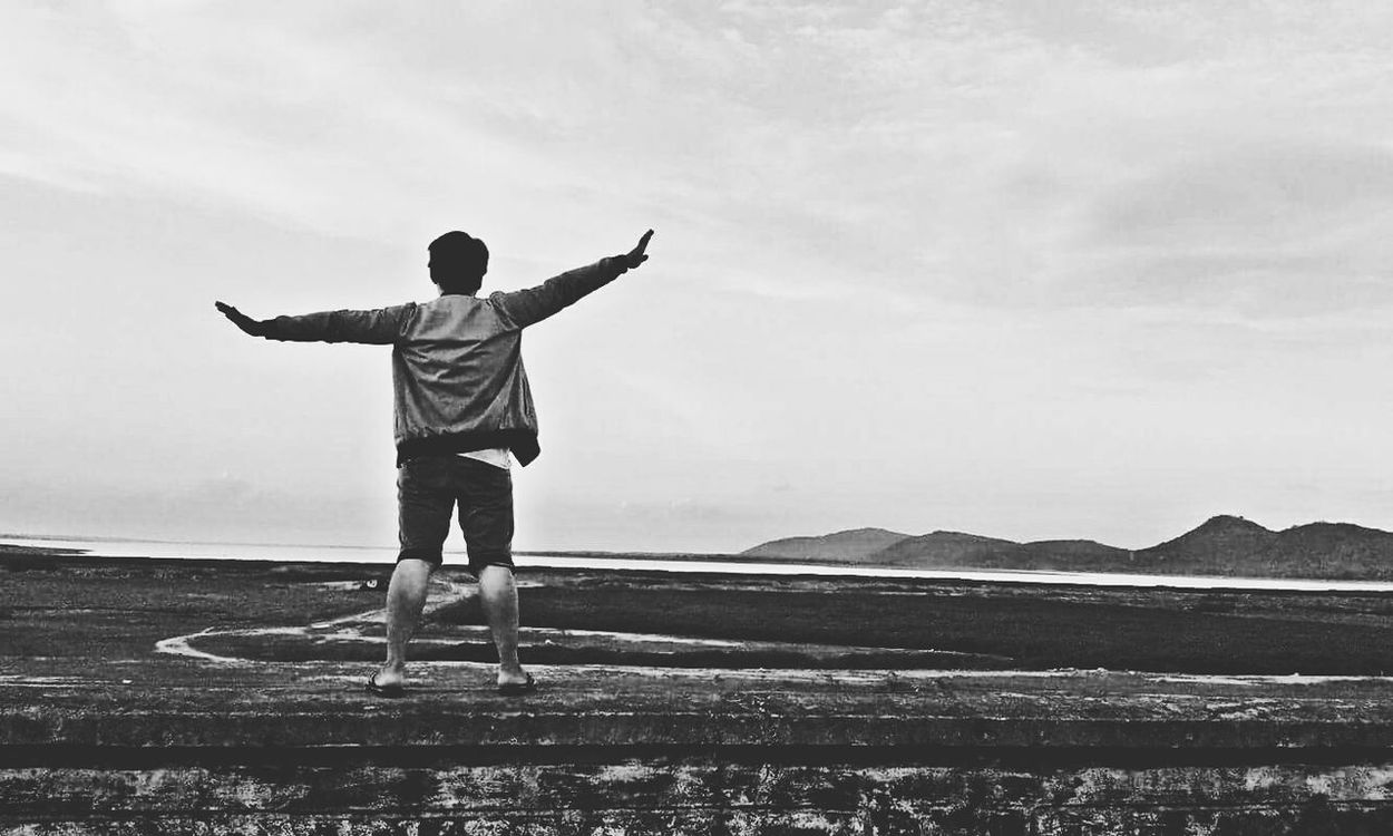 I wanna fly~~~ Full Length Arms Outstretched Casual Clothing Rear View Leisure Activity Tranquil Scene Sky Mountain Tranquility Scenics Outdoors Enjoyment Nature Mid-air Cloud - Sky Solitude Mountain Range Day Carefree Beauty In Nature First Eyeem Photo