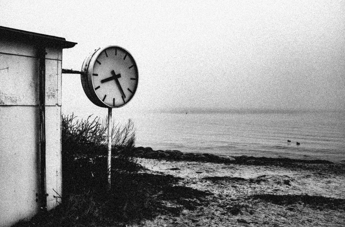 Clock at Klampenborg Beach Black And White Building Clock Clock Face Clocking Off Denmark Early Morning Holiday Horizon Over Water Klampenborg Outdoors Sand Sea Sea Swimming Start Time Swimming Time Water What Time Is It?