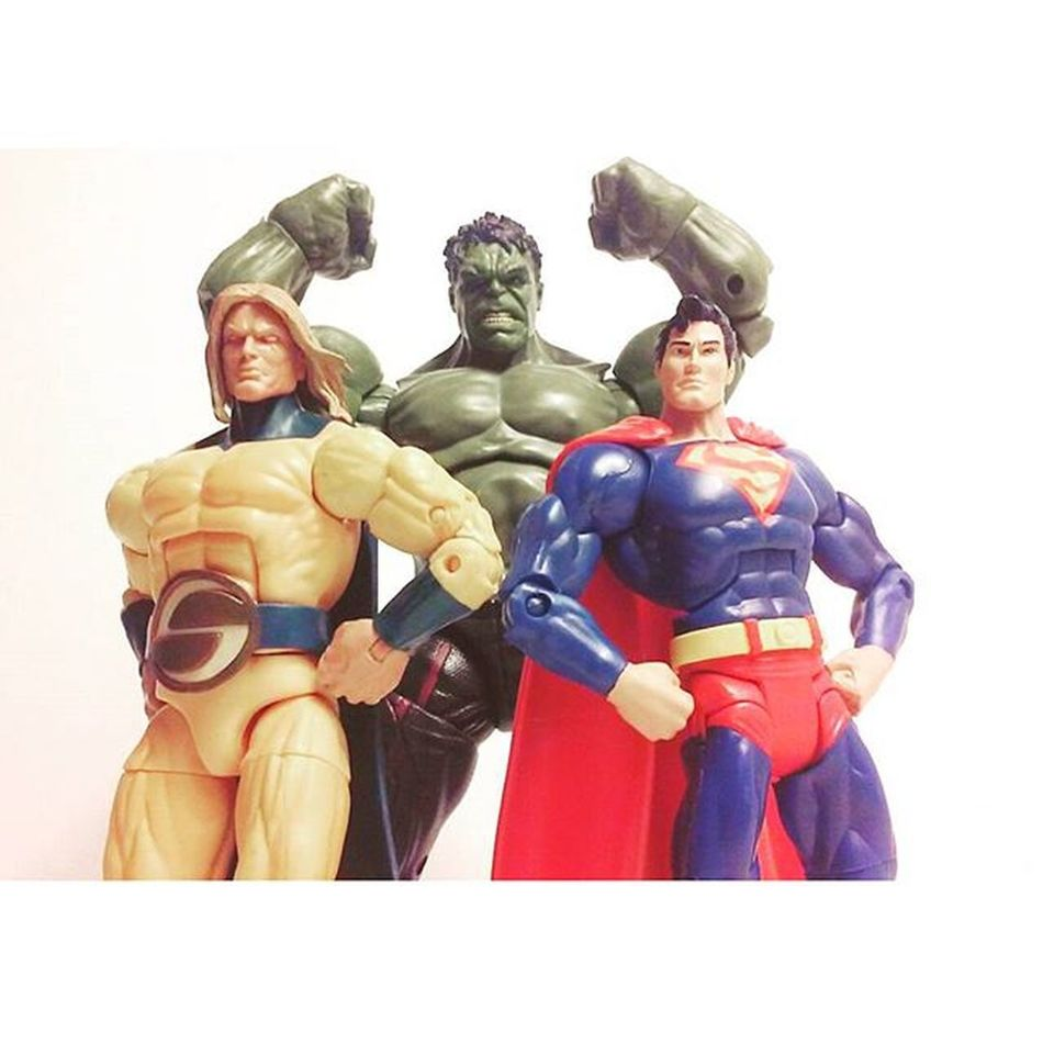 My personal favorite 3 powerhouse in comics i absolutely love these guys! 😄 Marvellegends Infiniteseries Incrindiblehulk Thesentry Superman Manofsteel Comicbooks Toyphotogallery Toycollection Toycommunity Toycrewbuddies Heros Toycollection Toys4life Articulatedcomicbookart Actionfigurephotography Actiontoyart Toyaremydrug Toyporn Toystagram Toyplanet Toygroup_alliance Toyelite Dcuniverseclassics Clarkkent grownmenplayingwithtoys actionfigureoutcast
