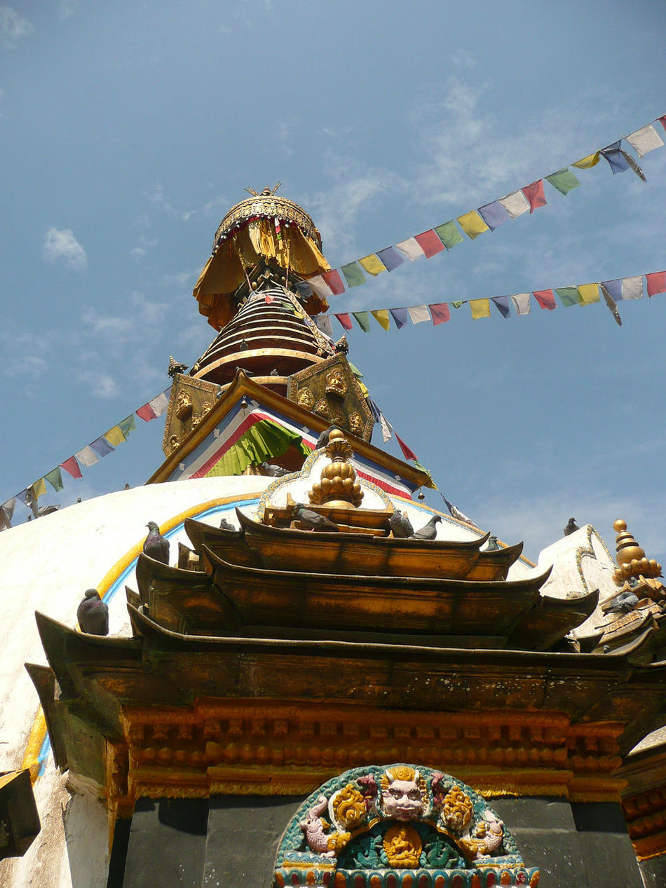 Architectural Feature Buddhism Buddhist Buddhist Temple Gebetsfahnen Gebetsfähnchen Low Angle View Multi Colored Pagode Place Of Worships Temple