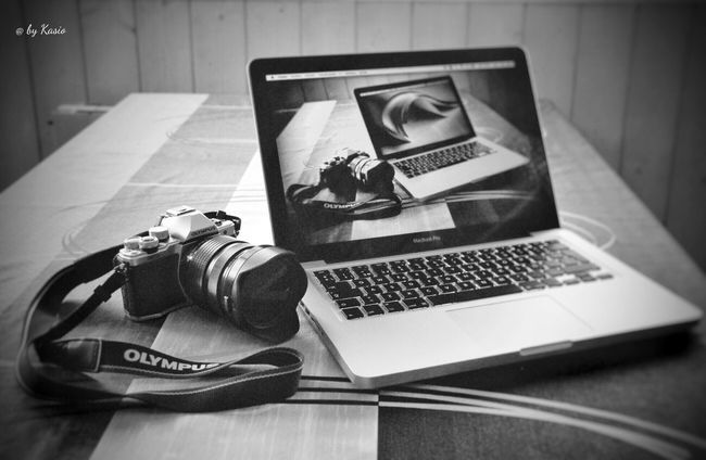 Love for photography. EyeEm Best Edits EyeEm Best Shots Taking Photos BW_photography Bw_collection BW Transcience Taking Photos Camera