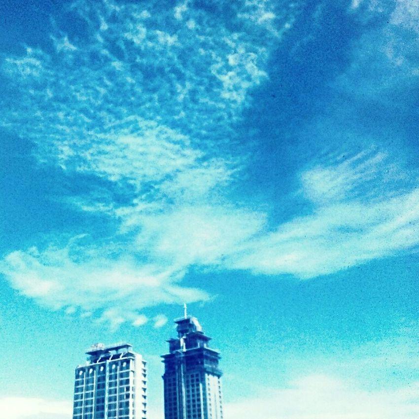 Blue Sky Relaxing Bluesky Building