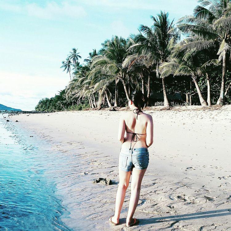 Enjoying the Golden Hour 📷 Sunset 🌅👣 Pilipinas Pilipina Pilipinasootdbasics