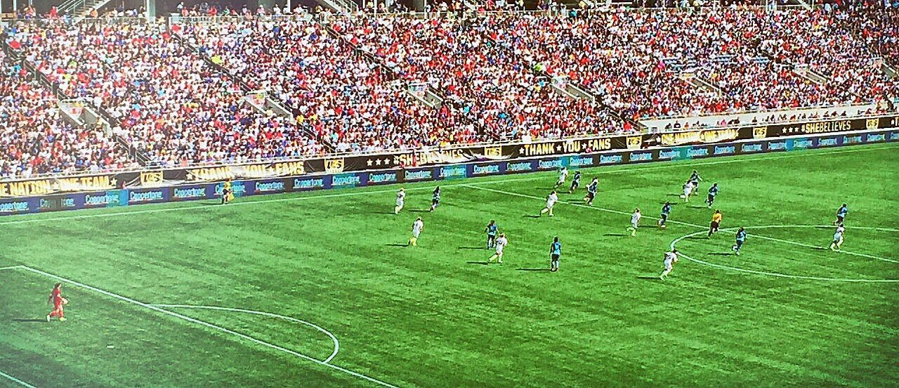 Sport Large Group Of People Grass Competition Stadium Soccer Field Competitive Sport Practicing Playing Field Lawn Community Match - Sport Soccer Player Teamwork Tranquility Togetherness Green Color Green Sportsman Spectator Soccer USWNT Orlando ⚽ Women
