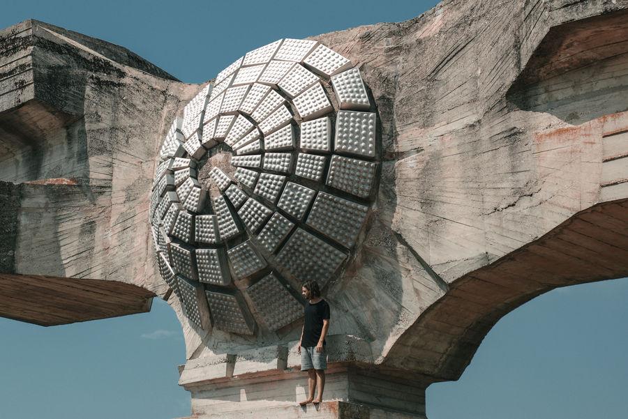 Belgrade Belgrade,Serbia Lost In The Landscape Serbia Statue Tourist Tourist Attraction  Travel Concrete Day Monument Outdoors Travel Destinations