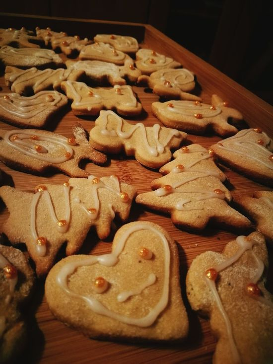 Gingerbreads :) Biscuits🍪 Gingerbreadcookies Food Baked Christmastime Christmas Time COOKIES!