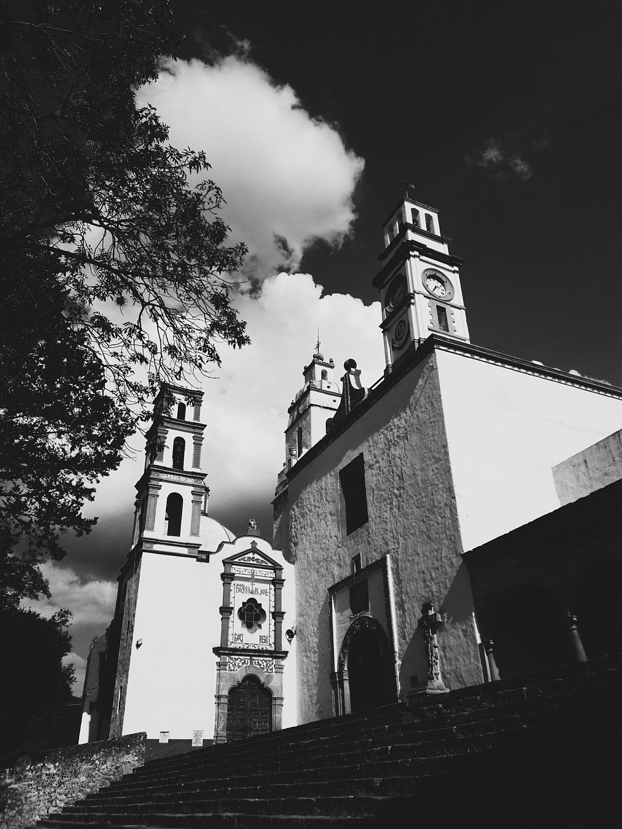 Yomochilero en Tepeapulco, Hidalgo [Templo y exconvento de San Francisco de Asís] NuevaEspaña