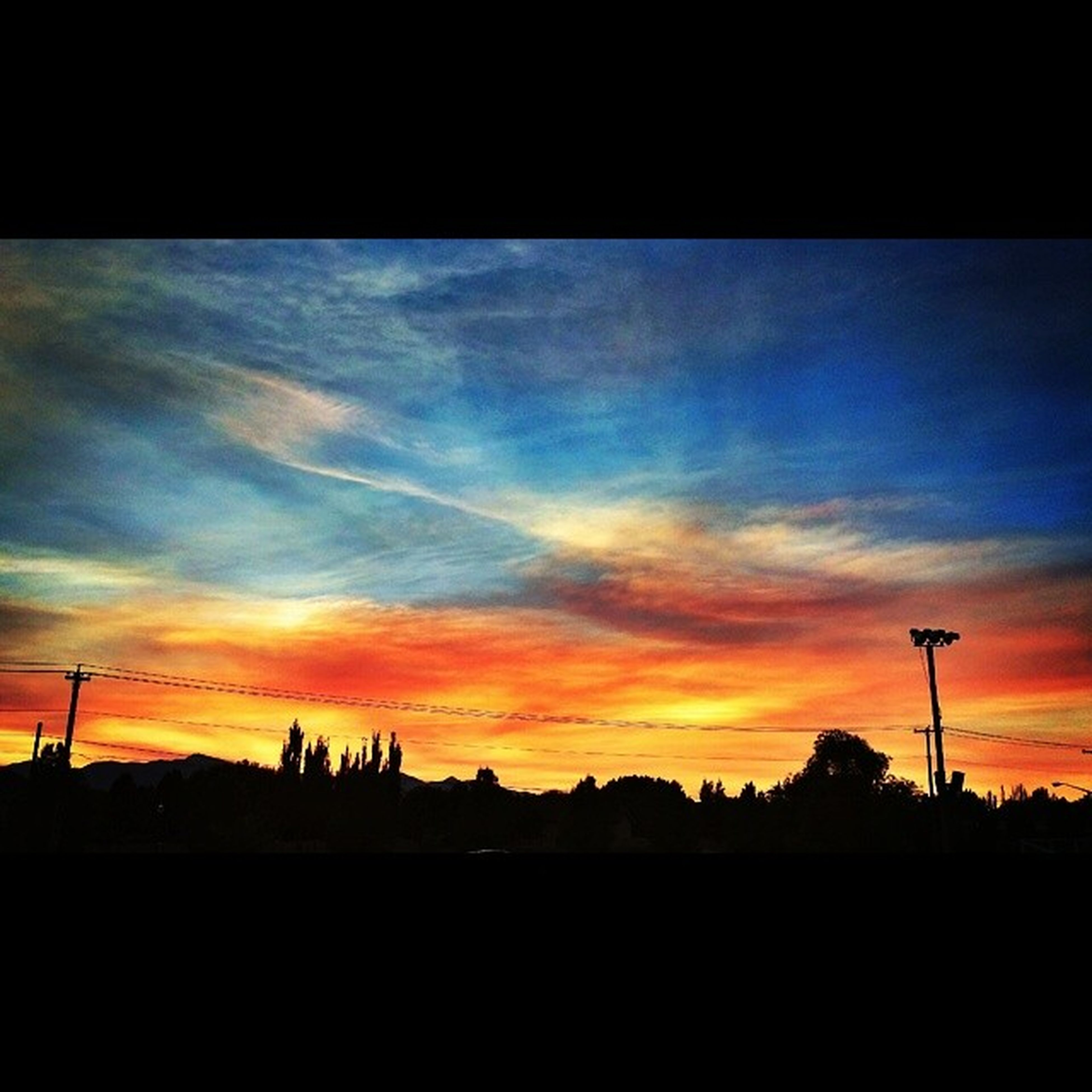 ..the sunset on july 24, 2014...167 years after the pioneers arrived in the valley. they picked a great spot!! BeUTAHful Skywatcher Colorsofthewind Samoanflagday fadedglory