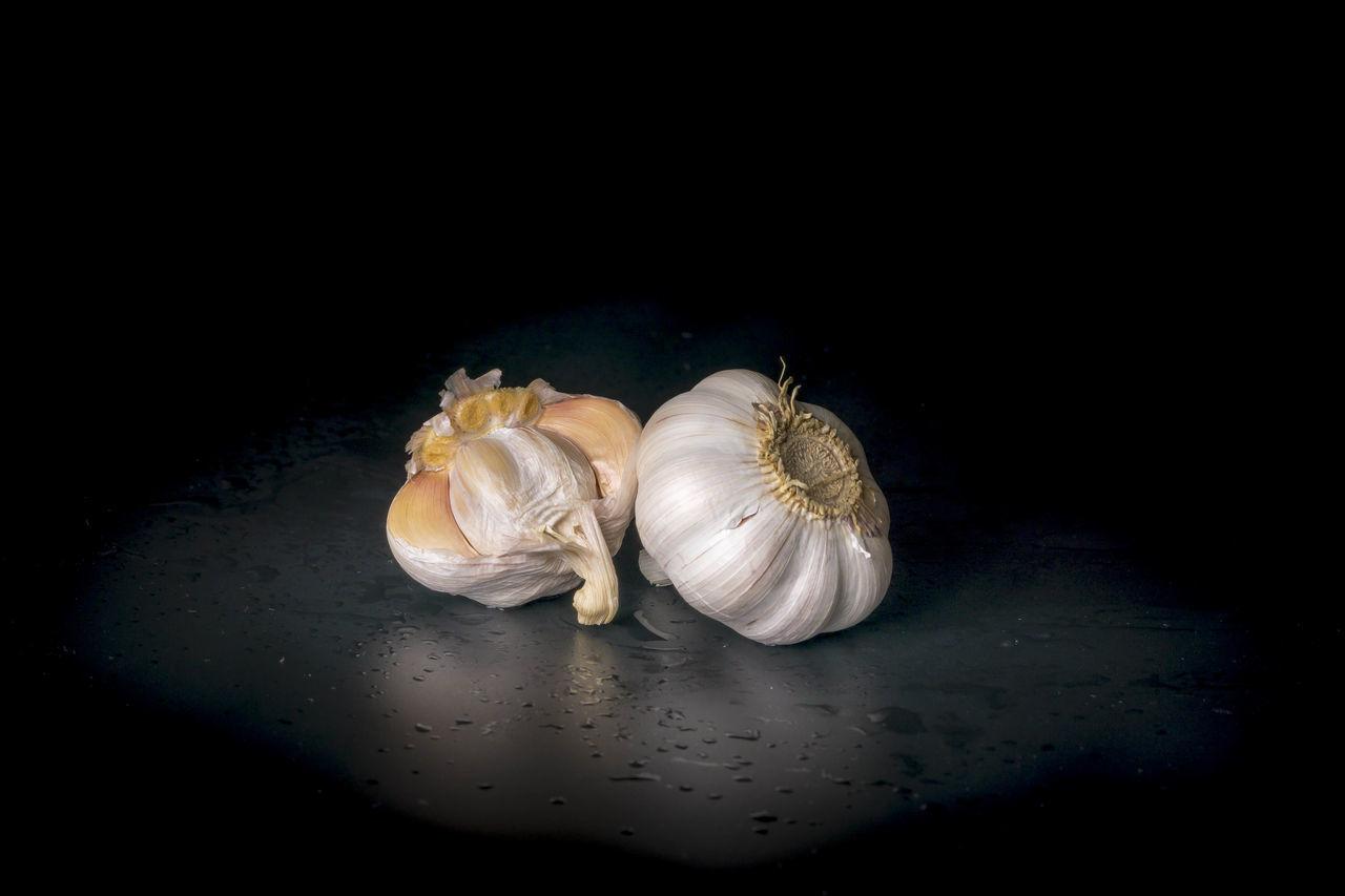 Black Background Close-up Food Freshness Garlic Garlic Bulb Garlic Clove Healthy Eating No People Studio Shot