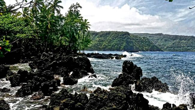 Maui EyeEm Gallery Sea Remote Hawaii Life Hawaii Nature The Great Outdoors - 2016 EyeEm Awards Mauiphotography Tranquility Scenics Beauty In Nature Travel Destinations Tourism Travel Photography Tranquil Scene Landscape No People Non-urban Scene Outdoors Water Horizon Over Water EyeEm Best Shots