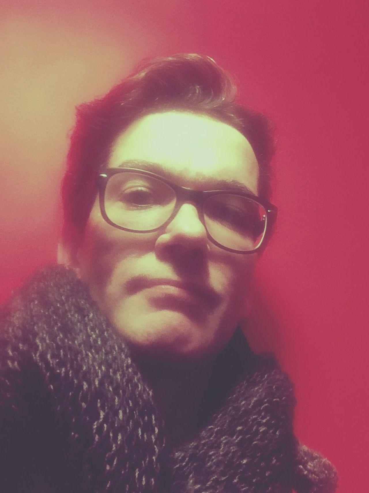 Foto: Manuel Gotzen App: Musemage Art: Selfie Date: 2017-05-05 http;// Designer  Gee Glasses Manuel Gotzen Self Selfie