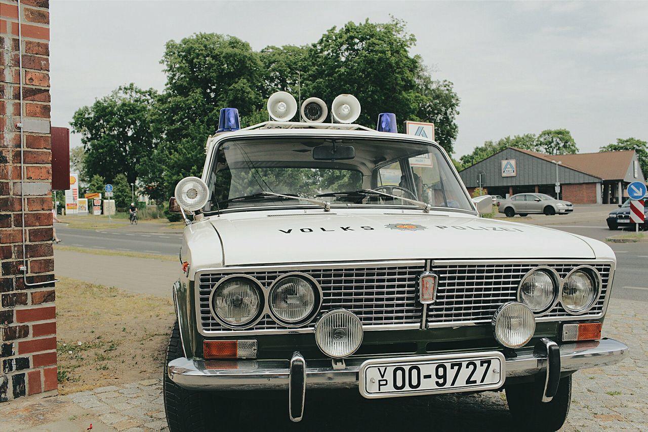 Lada Volkspolizei LADA Volkspolizei Ostalgie Car GDR Streetphotography Carporn Historical Police Policecar