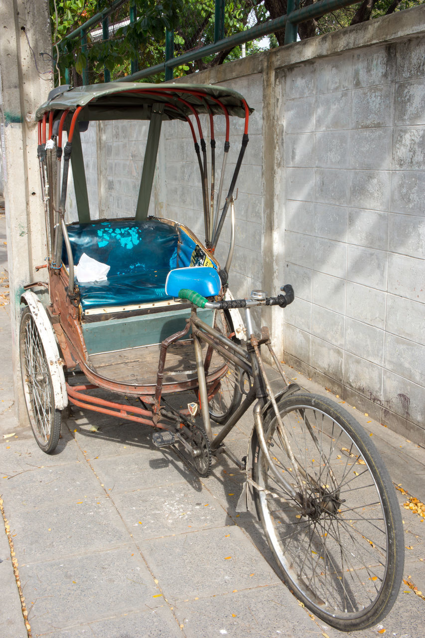 transportation, stationary, mode of transport, bicycle, no people, day, outdoors, land vehicle