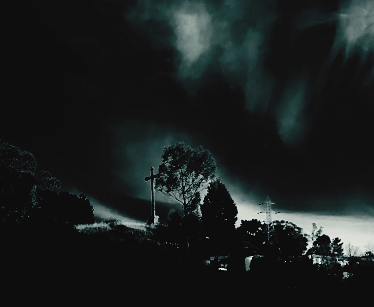 Night Noche Chile Tree Nature Dark Beauty In Nature Tranquility Low Angle View Chile♥ Chilegram Arte Foto Concepcion, CHile Lota EyeEmNewHere First Eyeem Photo Lota Octaba Region. EyeEm Best Shots Illuminated Paisaje Paris, France  The Great Outdoors - 2017 EyeEm Awards Visual Feast Bestoftheday