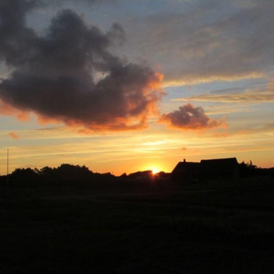 Beautiful Sunset Sunrise_sunsets_aroundworld Sunset Collection Eyem Best Shots