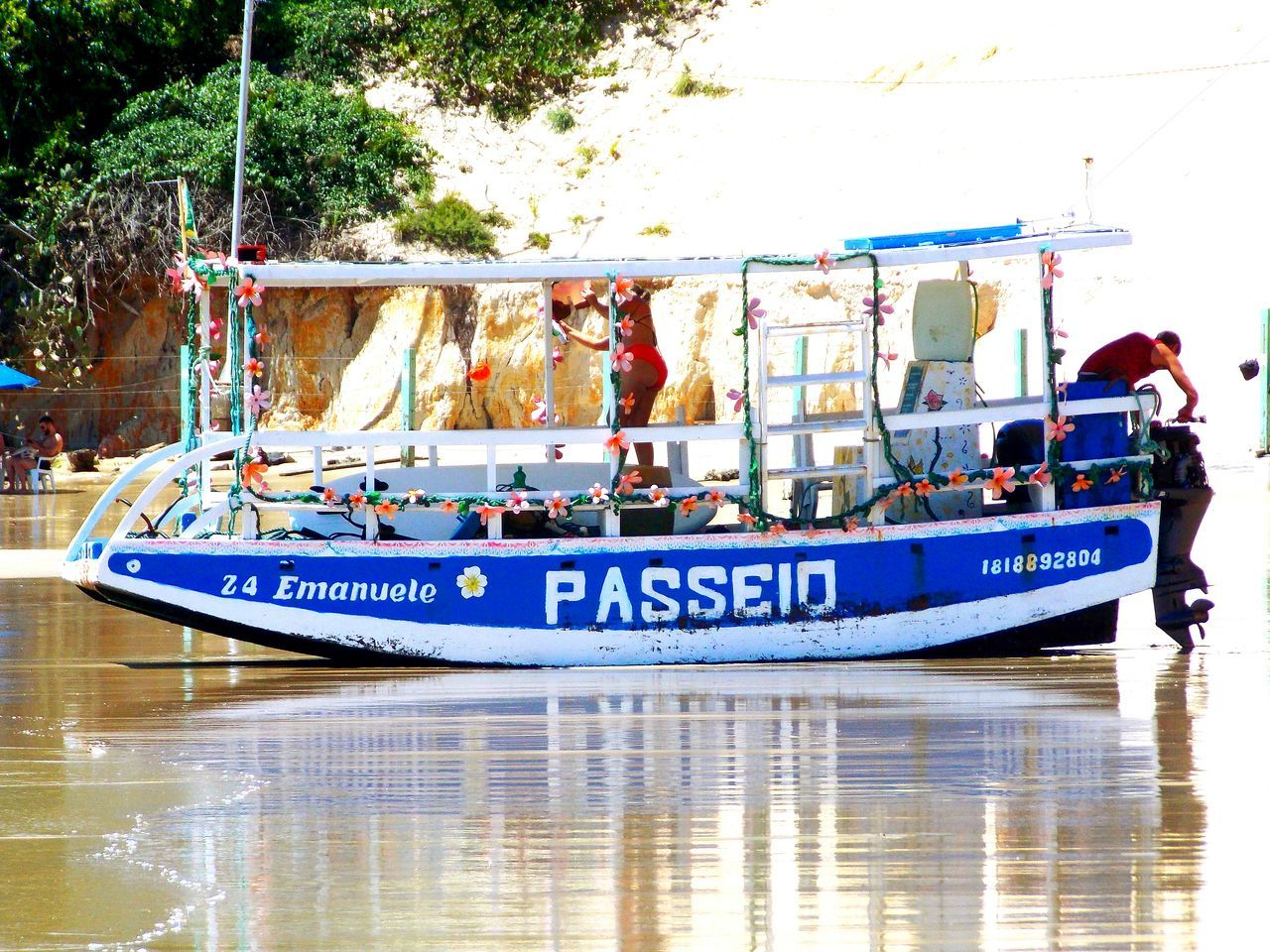 Barco no morro do careca Nautical Vessel Water Transportation People Day Outdoors Adult Adults Only