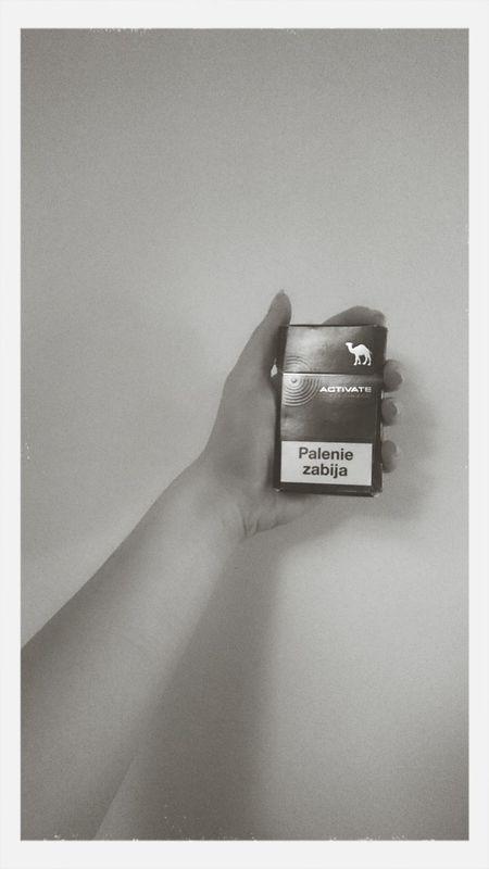Palenie Papierosy Szlugi