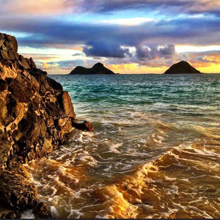 Mokes Hawaii Islandfar Sunrise Winterinhawaii Kailua  Kailua Sunrise Luckywelivehi Luckywelivehawaii Beautiful Beautiful Destinations Beachbumming Beautyallaround Naturerocks Livealoha Naturenailedit Oahuphotography Hello World Goodmorning Livingthedream