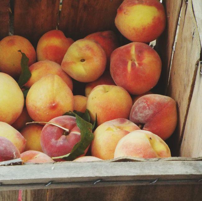 Missouri Peaches Fresh Peaches Fresh Produce Peaches Fruitporn Fruit Box Crate Crate