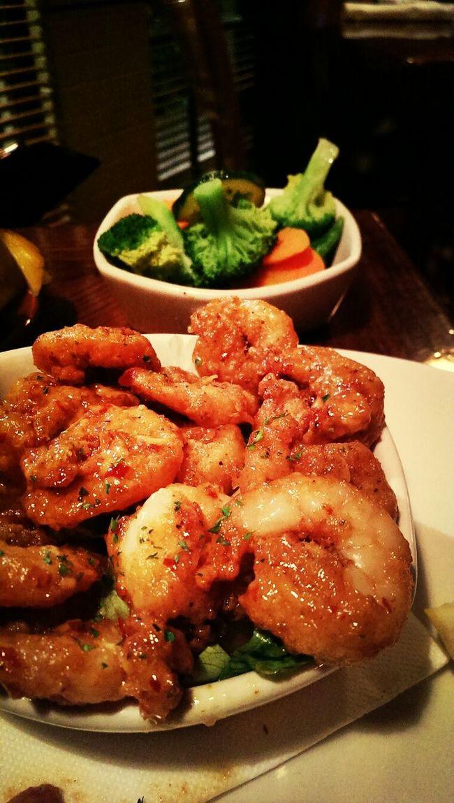 chilli prawns! Garlic And Chilli Prawns Dinner Yummy Food Foodporn