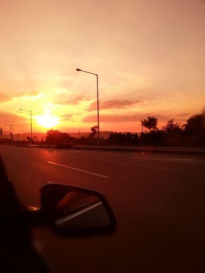 way back to home.... T.T이글이글 석양...