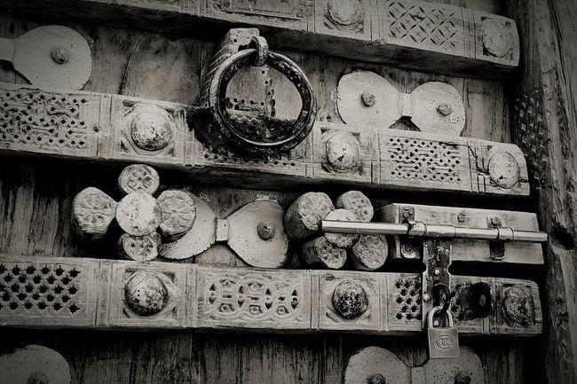 Traditional Door Handle Door Designs Wood Shebam Hadramawt I Love Yemen