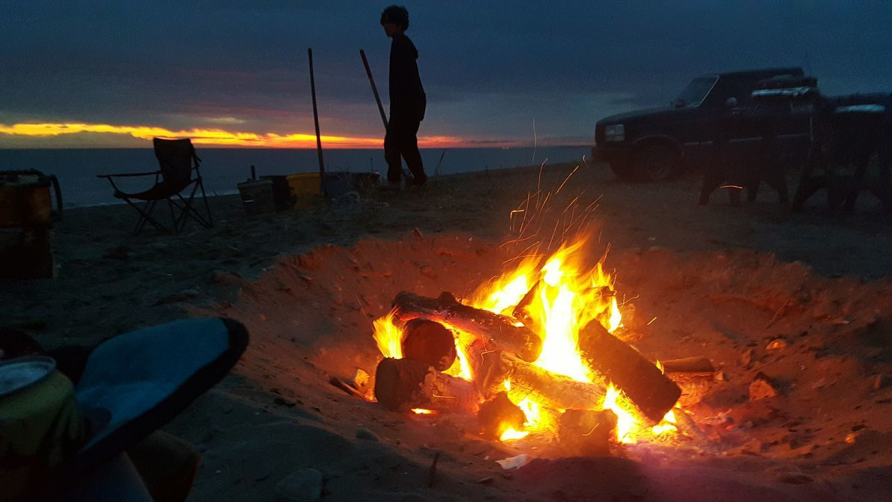 Heat - Temperature Flame Sunset Night Silhouette Outdoors Camping Fun Camping On The Beach SalmonFishing Set Netting SalmonLove Alaska Is Where I'm At Summer Solstice Summer Nights<3 Tranquil Scene 2:45 Am
