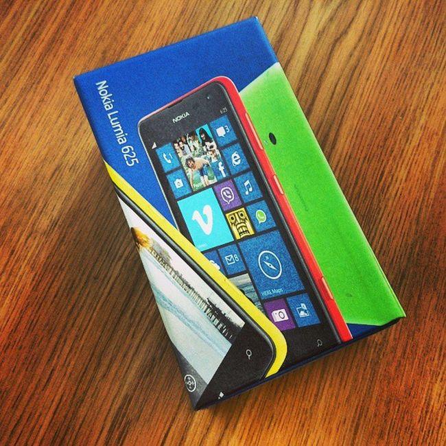 "Nokia  Lumia625 Windowsphone8 4.7"""