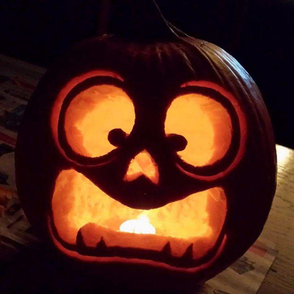 Pumpkin 2! Scaredpumpkin Perfectedcarving Impressed Pumkincarving Trickortreat Halloween2013 Candy Candycraze Boo Loveit Imissbeingakid