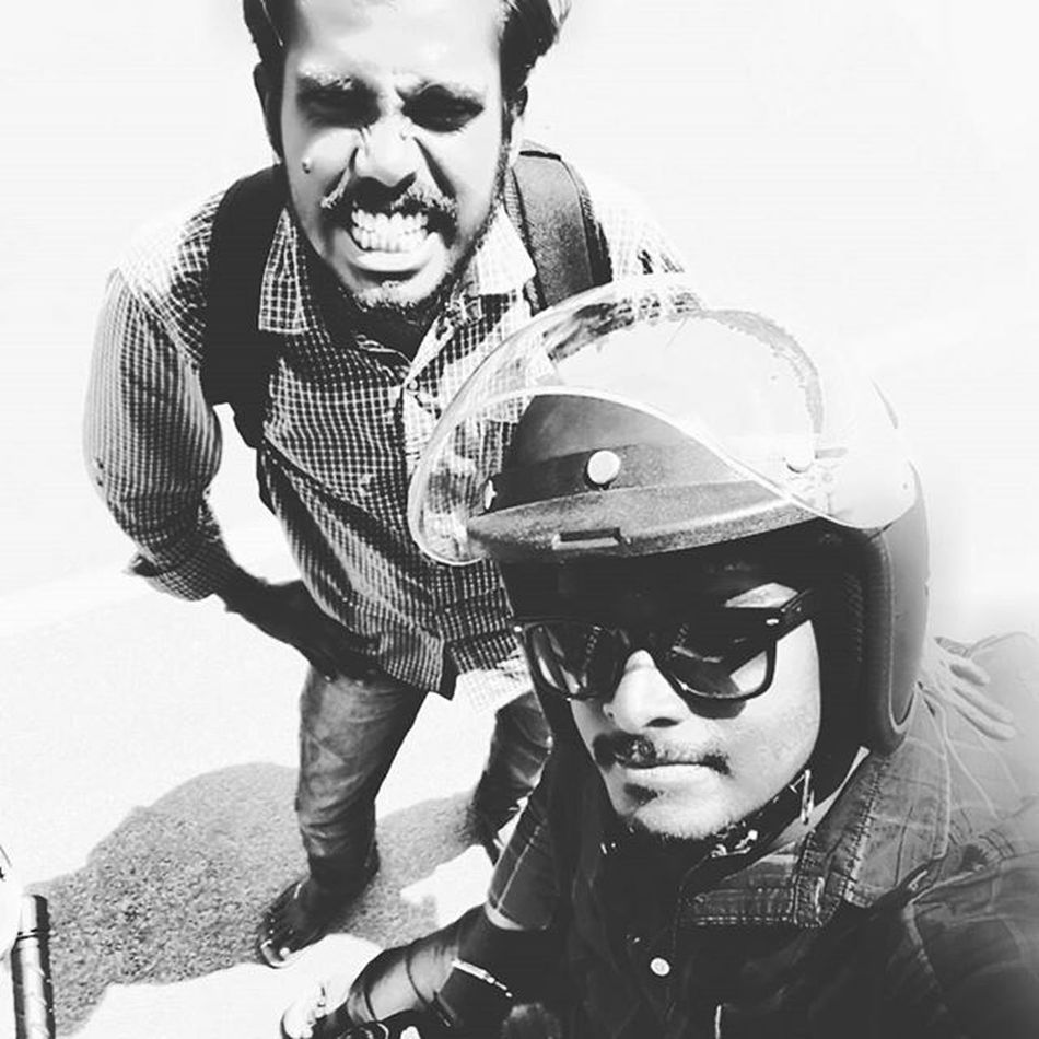 The motorcycle diaries 😃 Themotorcyclediaries Royalenfield Classic500 Ride Pondy ECR Chennai Karaikal RiderMania Longride Wanderer Designer  Innomad