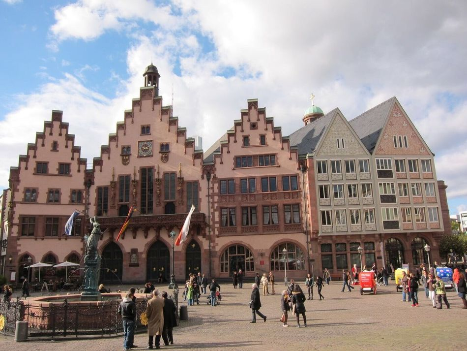 Römerberg Römer Frankfurt Frankfurt Am Main Landmark Houses Landmark,travel Hello World Enjoying Life Travel Destinations Beutiful Moments.  Happy Moments Of Life Nice Place Germany🇩🇪 Europe Trip Must See Destination