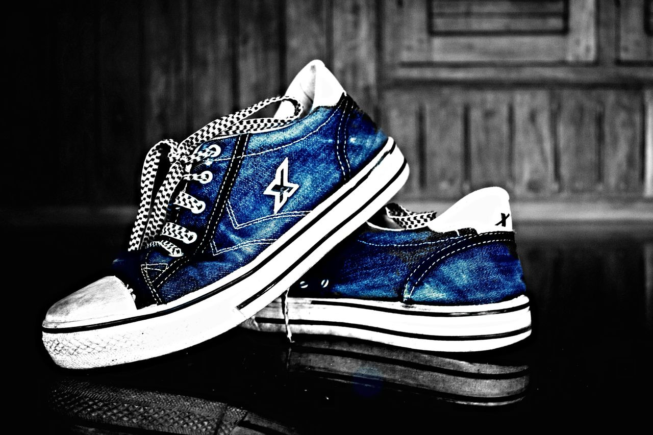 Clicked in Cannon 1200D Ilovemycamera Everything In Its Place Somethingdifferent Cannon Shoes ♥ Casual Clothing Casual Sparx Colorsplash Blue Effect Blue Jeans
