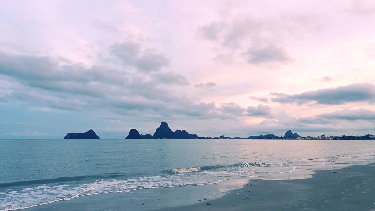 sea, scenics, sky, tranquility, water, no people, tranquil scene, beauty in nature, nature, beach, sunset, outdoors, day, architecture