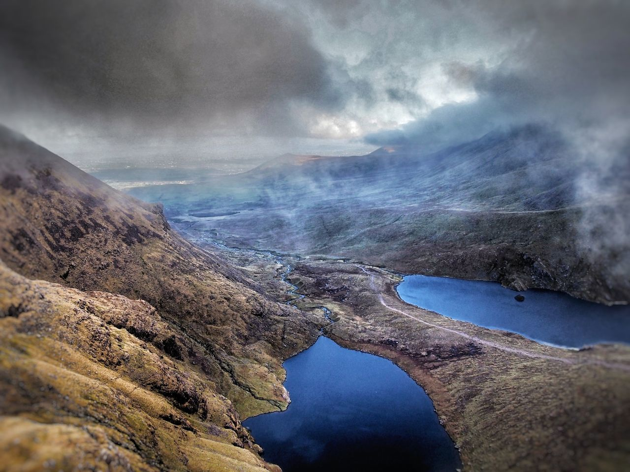 Hag's Glen Macgillycuddy's Reeks Ireland Landscape Mountain Range Cloud - Sky Lough Lough Callee Lough Gouragh Outdoors Hiking Photography Landscapes Glen No People Beauty In Nature