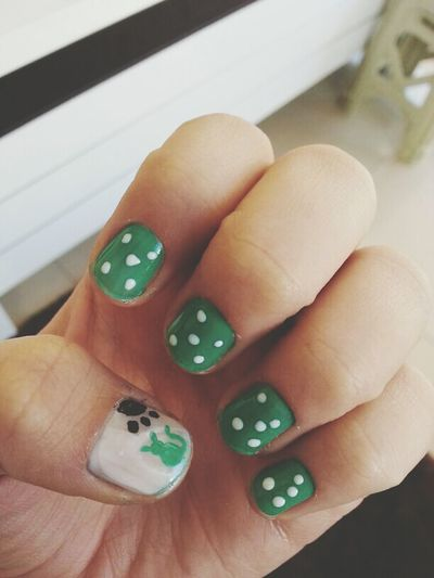 Nail Art Rabbit Green Points