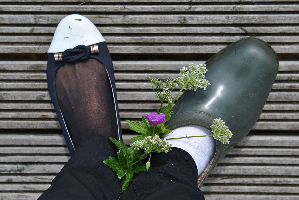 the broken finger story Backgrounds Black Color Broken Finger Broken Leg Casual Shoes Close-up Day Fashion Details Flower Freshness Gypsum Health High Angle View Human Leg Lifestyles Low Section Medicine Nature One Person Outdoors People Plaster Shoe Wood - Material Out Of The Box Let's Go. Together. Sommergefühle