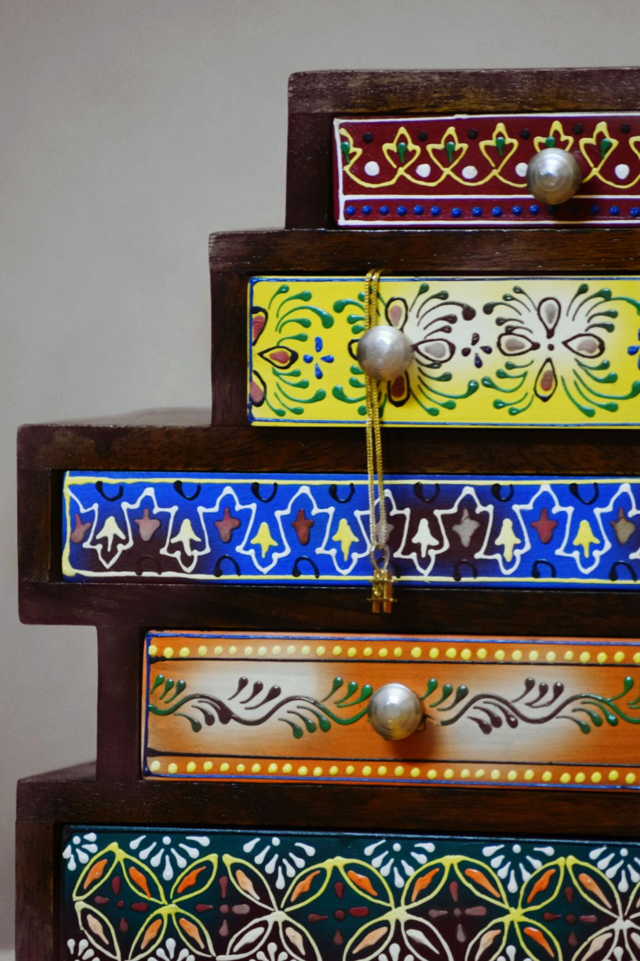 Jewelry Box Indoors  Close-up No People Handmade Beautifully Organized Handicraft Indianhandicraft Chestofdrawers Miniature