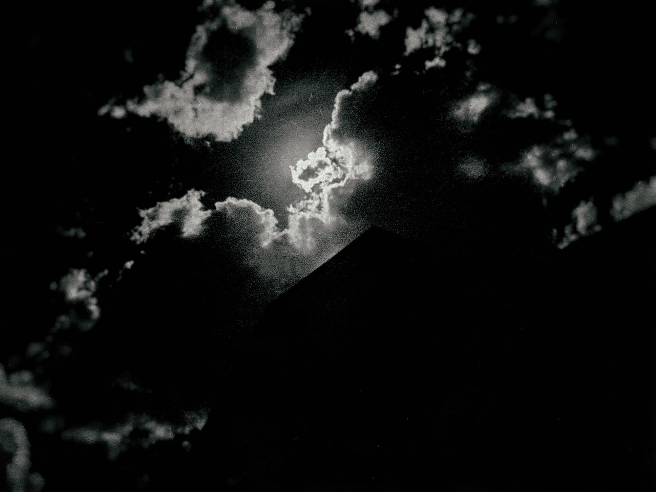 Creepy Sky High Contrast Image Light And Shadow Low Angle View Nature No People Numbs