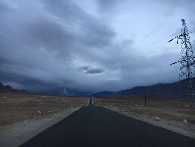 Longshot Highway Leh Ladakh Beautiful View Clouds India Tour Alone