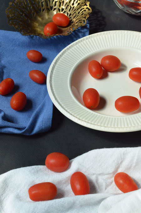 Grape tomatoes Blue Food Food And Drink Fresh Produce Freshness Grape Tomatoes Group Of Objects Indoors  Medium Group Of Objects Multi Colored Plate Ready-to-eat Red Tomato Variation Vegetables Vegetarian Food