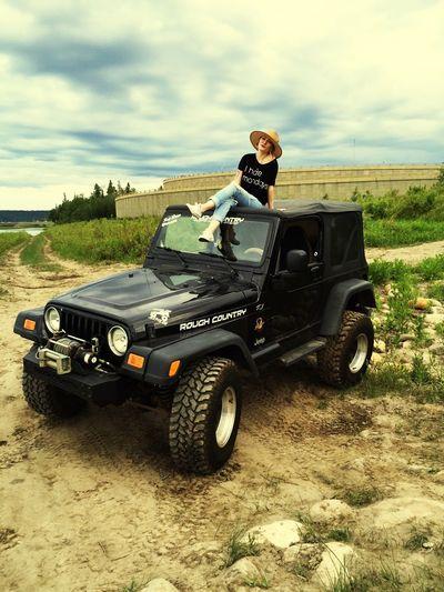 Anybody else got a case of the Mondays? Mondaynofunday Jeep