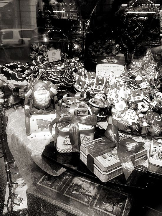 Christmas Candies Christmas Atmosphere in the Vitrine of a Candy Shop with the analogous Christmas Decorations Advent for Bwn_friday_eyeemchallenge City Center Athens 💫🌲🍸 Bnw_friday_eyeemchallenge