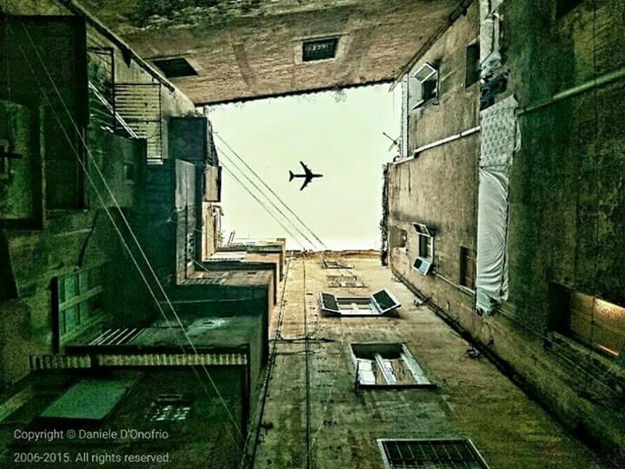 Cortili Aperti A Testa Alta Aereoplano Airplane Luckyshot Streetphotography Streetphoto_color Street Photo Fotografia Landscape Foto Di Danieledonofrio Roma