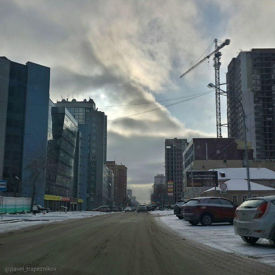 20141109 , Россия , Новосибирск , улицаСемьиШамшиных . Воскресная пустота на дорогах;-) / Russia, Novosibirsk. Sunday emptiness on the roads.